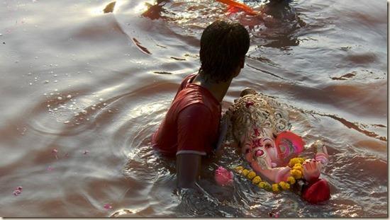 celebraciones-Ganesh-Chaturthi-Ana-Torres_EDIIMA20130916_0224_13