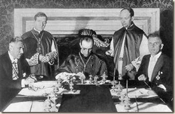 Pacelli firma el Concordatod con la Alemania nazi, 1933
